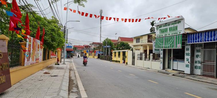 Phó Chủ tịch TW Hội Nông dân Việt Nam thăm quan mô hình trồng lan tại An Dương, Hải Phòng - Ảnh 3.