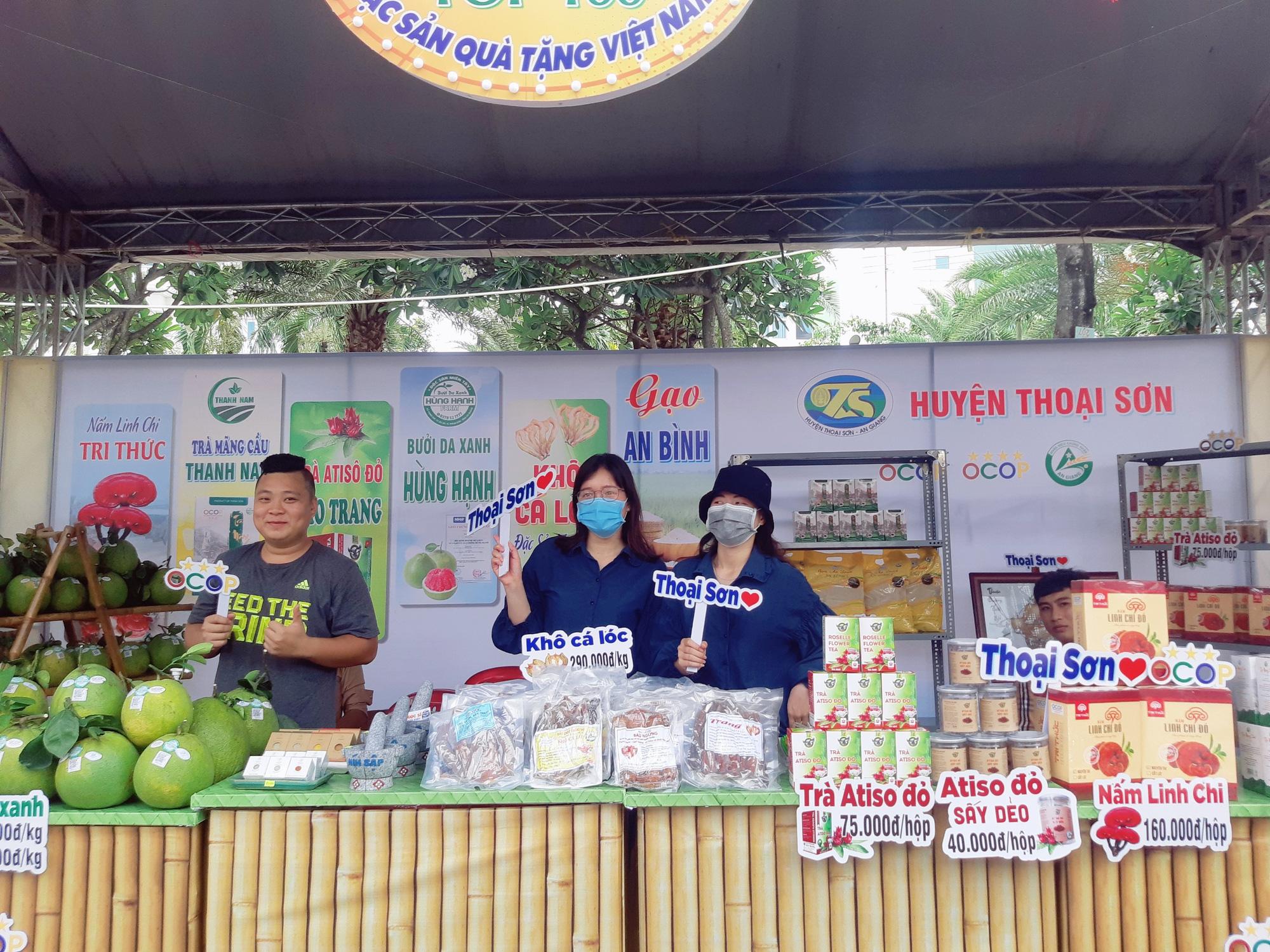 Sản phẩm OCOP 24 tỉnh, thành hội tụ tại Châu Đốc An Giang - Ảnh 3.