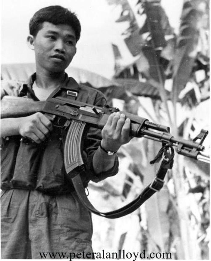 Kỹ thuật bắn điểm xạ làm nên thương hiệu trong Chiến tranh Việt Nam - Ảnh 12.