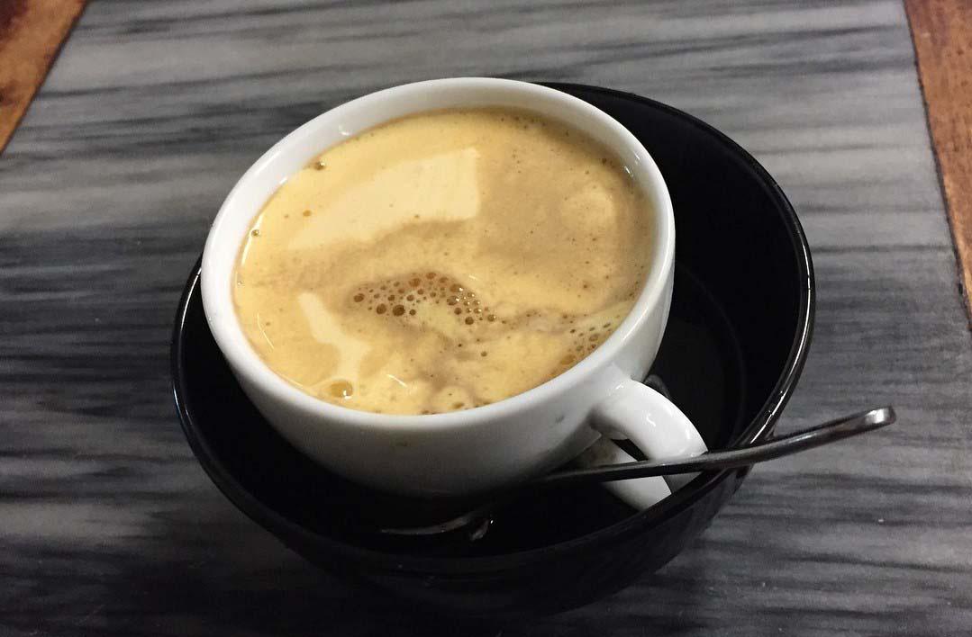 Hà Nội: Quán cà phê 75 năm tuổi, ngày bán nghìn cốc có gì đặc biệt? - Ảnh 9.