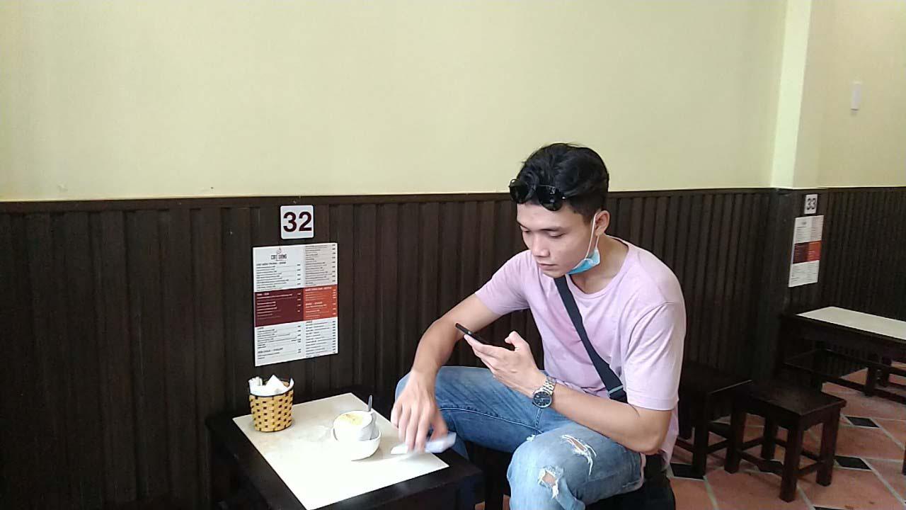 Hà Nội: Quán cà phê 75 năm tuổi, ngày bán nghìn cốc có gì đặc biệt? - Ảnh 4.