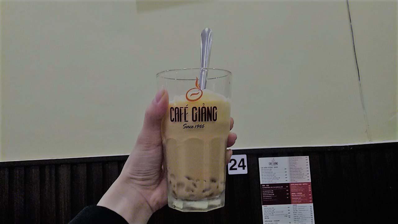 Hà Nội: Quán cà phê 75 năm tuổi, ngày bán nghìn cốc có gì đặc biệt? - Ảnh 8.