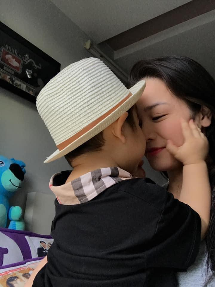 Nhật Kim Anh nói sự thật về clip người tình tin đồn kém 5 tuổi cầu hôn, sắp lấy chồng - Ảnh 4.