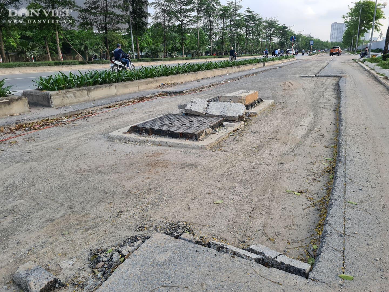 Mặt đường dự án BT 'đại lộ nghìn tỉ' Chu Văn An bị đào xới nham nhở - Ảnh 4.