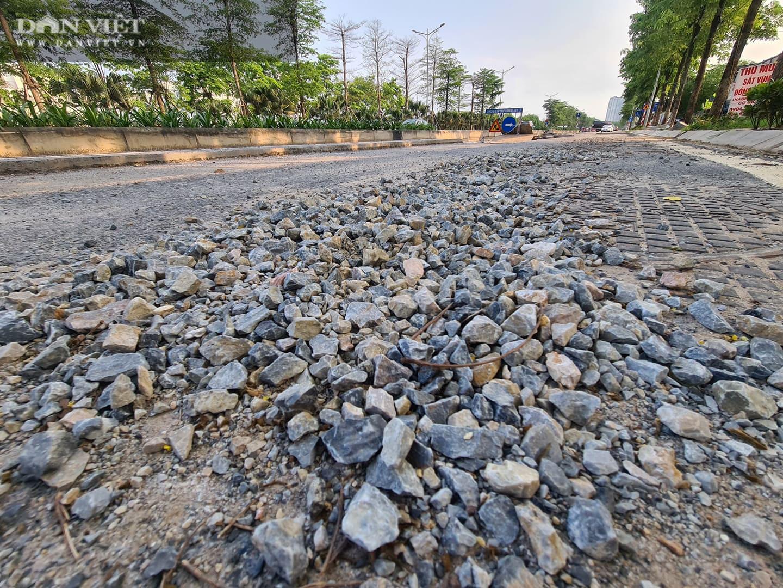 Mặt đường dự án BT 'đại lộ nghìn tỉ' Chu Văn An bị đào xới nham nhở - Ảnh 8.