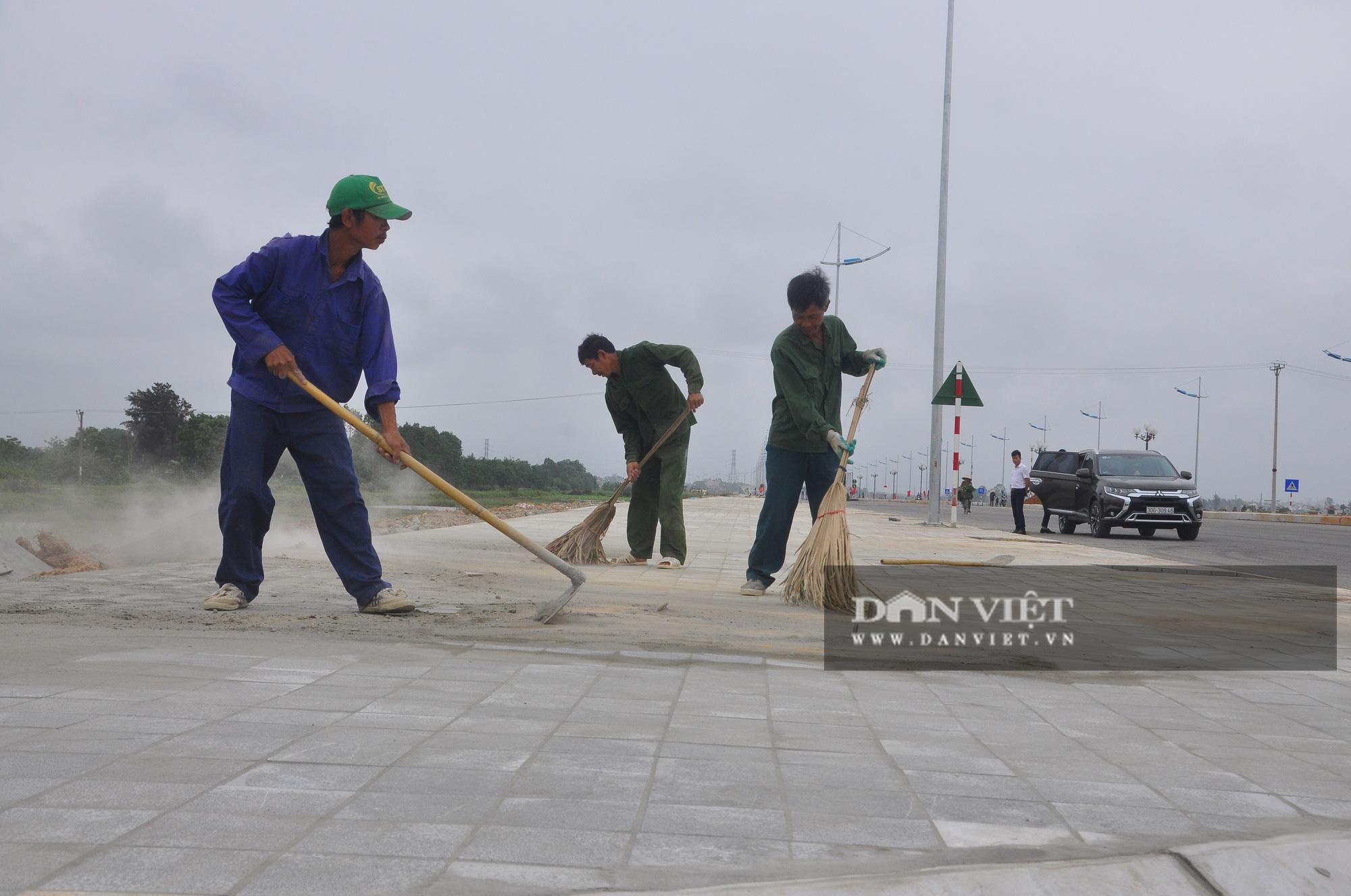 Cận cảnh dự án đường ven biển Nghi Sơn - Sầm Sơn có tổng mức đầu tư hơn 1.479 tỷ đồng trước ngày thông tuyến - Ảnh 2.