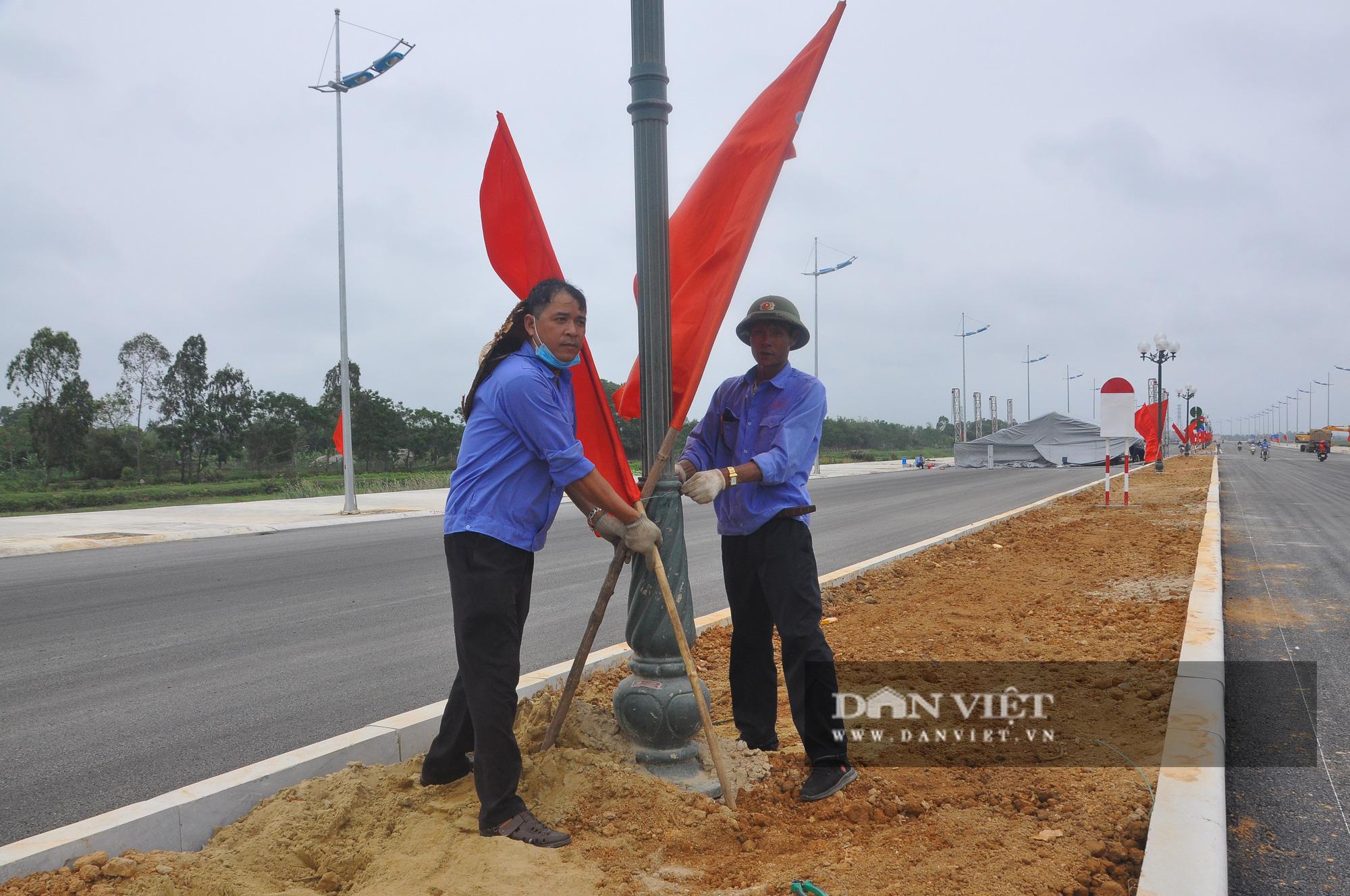 Cận cảnh dự án đường ven biển Nghi Sơn - Sầm Sơn có tổng mức đầu tư hơn 1.479 tỷ đồng trước ngày thông tuyến - Ảnh 9.