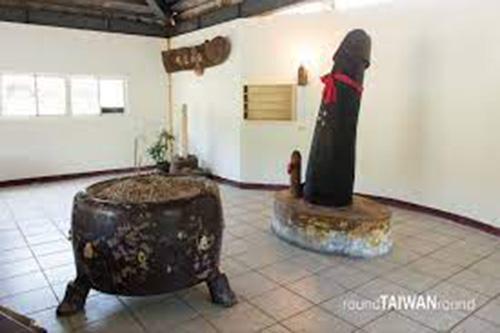 """Những điểm đến độc lạ xứ Đài: Đền thờ """"của quý"""" và chợ đêm có các món ăn hình """"nhạy cảm"""" - Ảnh 3."""