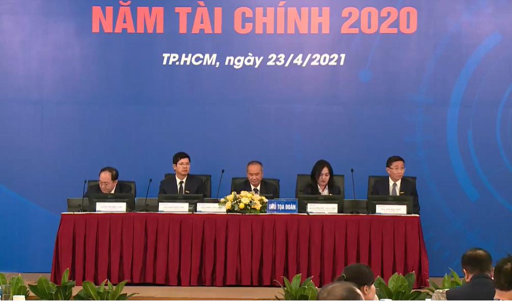 """ĐHĐCĐ Sacombank:  Chủ tịch Dương Công Minh cho chúng tôi tí """"máu"""" để lưu thông huyết mạch - Ảnh 3."""
