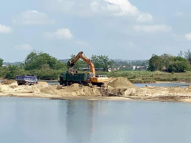 Giá cát đột ngột tăng gấp đôi ở Quảng Ngãi: Chủ mỏ công khai giá bán tại mỏ  - Ảnh 1.