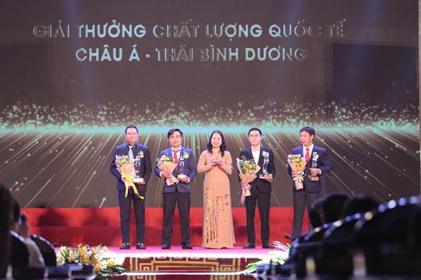 Trao tặng 116 doanh nghiệp nhận Giải thưởng Chất lượng Quốc gia - Ảnh 6.