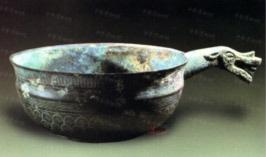 Kho báu cổ vật điêu khắc khổng lồ được khai quật từ lăng mộ hơn 2000 năm khiến cả thế giới sững sờ - Ảnh 4.