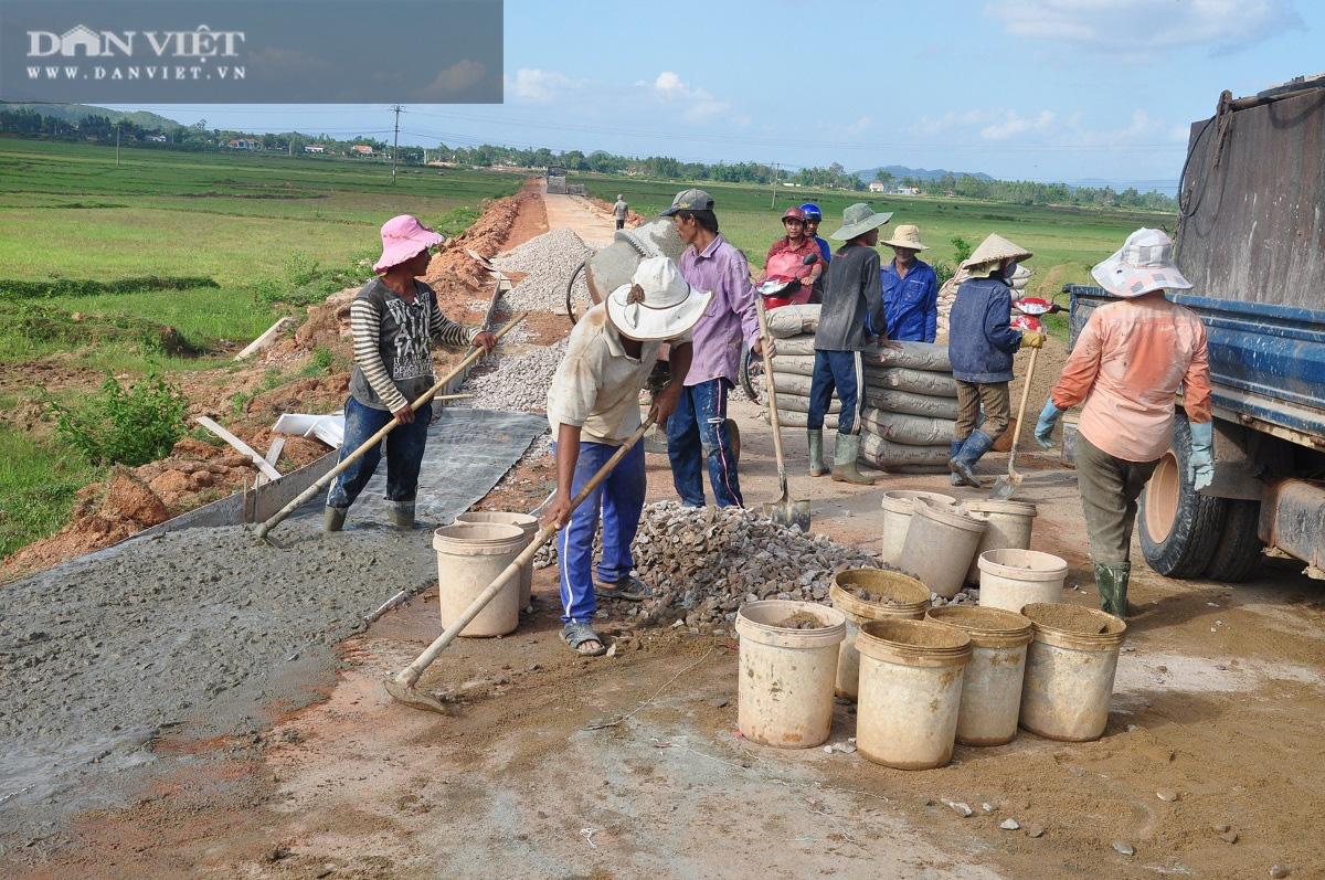"""Bình Định """"đột phá"""" xây dựng nông thôn mới - Ảnh 2."""
