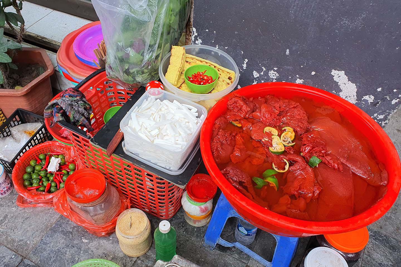 Hà Nội: Món sứa đỏ có gì ngon mà trở thành món ăn cực hot, được nhiều người yêu thích - Ảnh 3.