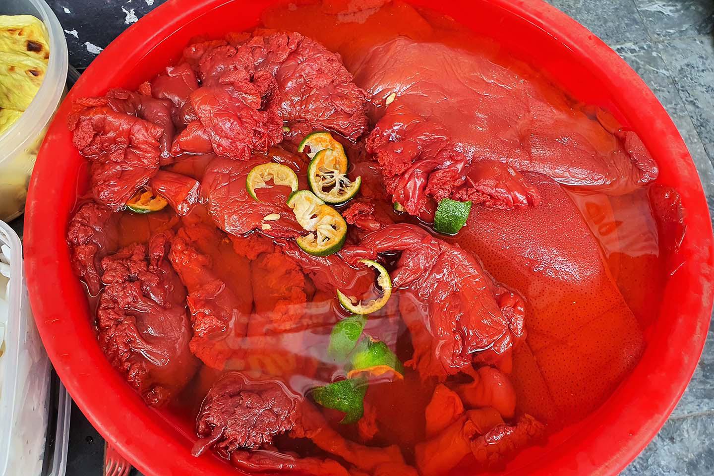 Hà Nội: Món sứa đỏ có gì ngon mà trở thành món ăn cực hot, được nhiều người yêu thích - Ảnh 4.