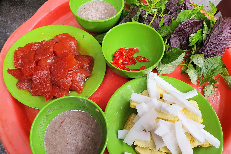 Hà Nội: Món sứa đỏ có gì ngon mà trở thành món ăn cực hot, được nhiều người yêu thích - Ảnh 7.