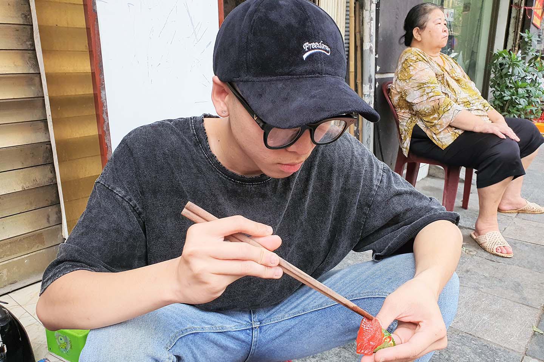 Hà Nội: Món sứa đỏ có gì ngon mà trở thành món ăn cực hot, được nhiều người yêu thích - Ảnh 9.