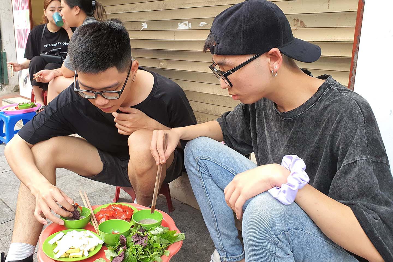 Hà Nội: Món sứa đỏ có gì ngon mà trở thành món ăn cực hot, được nhiều người yêu thích - Ảnh 10.