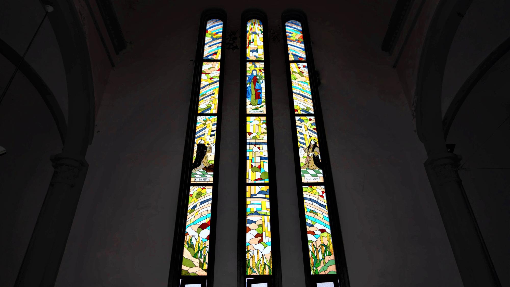 Về thăm nhà thờ Khoái Đồng, nơi thờ hiện thân của ông già Noel - Ảnh 9.