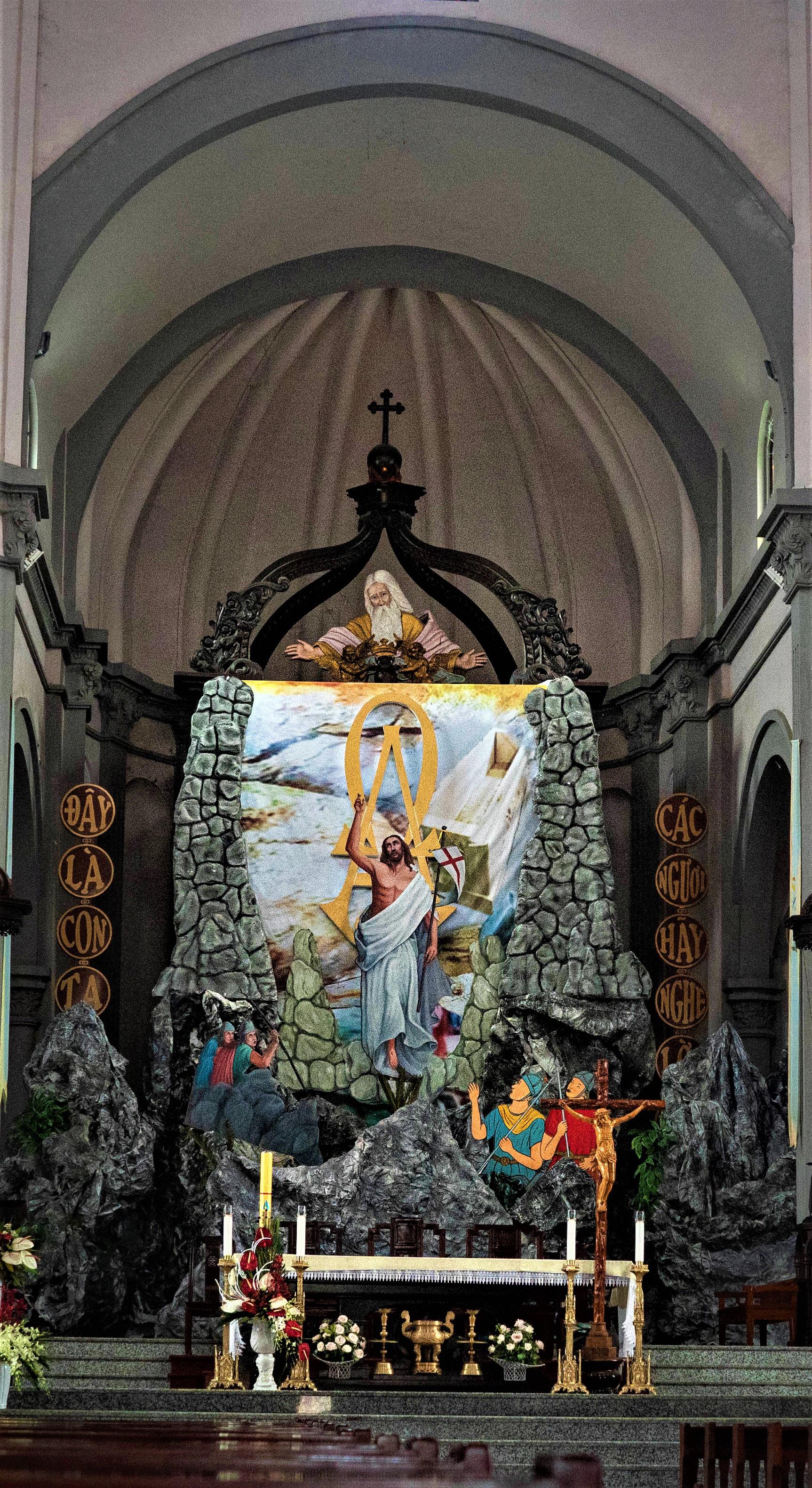 Về thăm nhà thờ Khoái Đồng, nơi thờ hiện thân của ông già Noel - Ảnh 13.