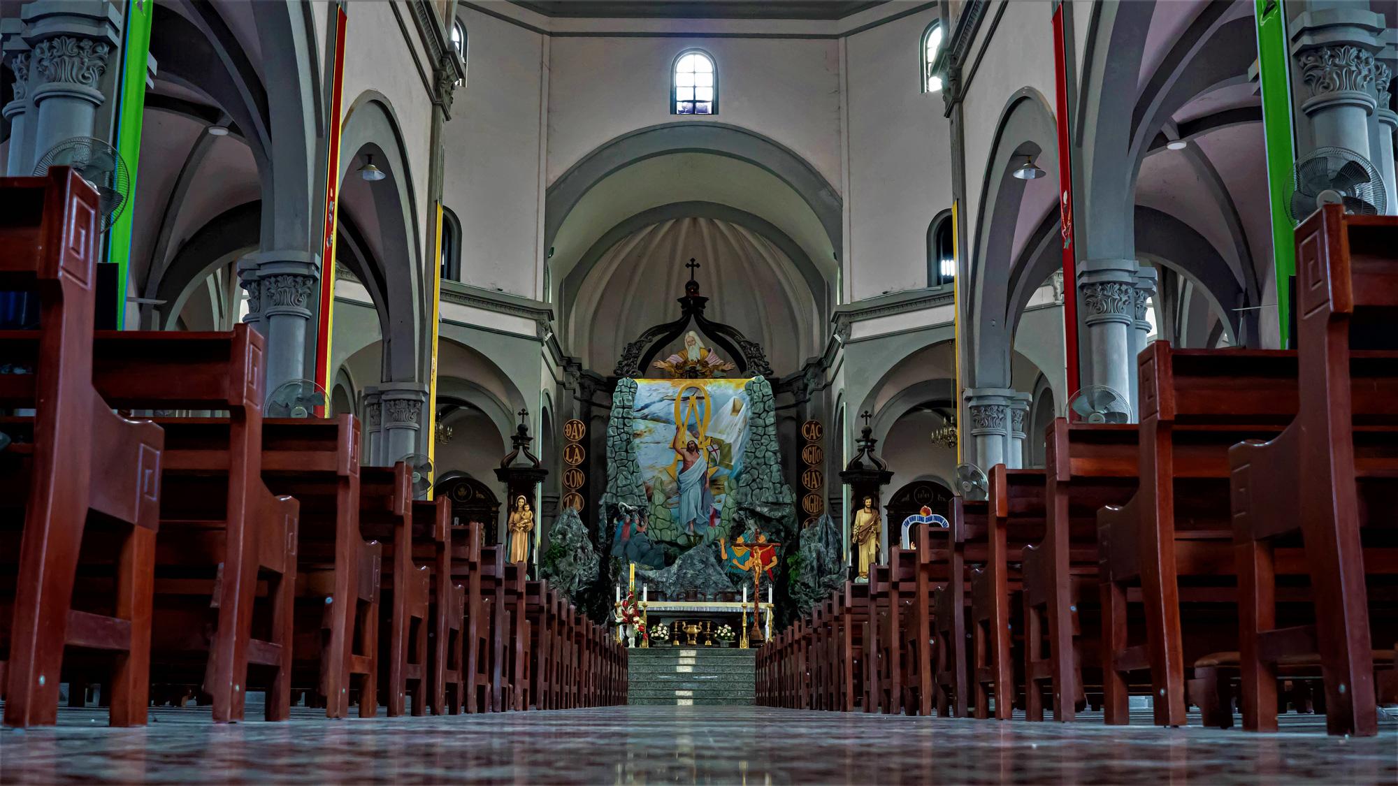 Về thăm nhà thờ Khoái Đồng, nơi thờ hiện thân của ông già Noel - Ảnh 18.