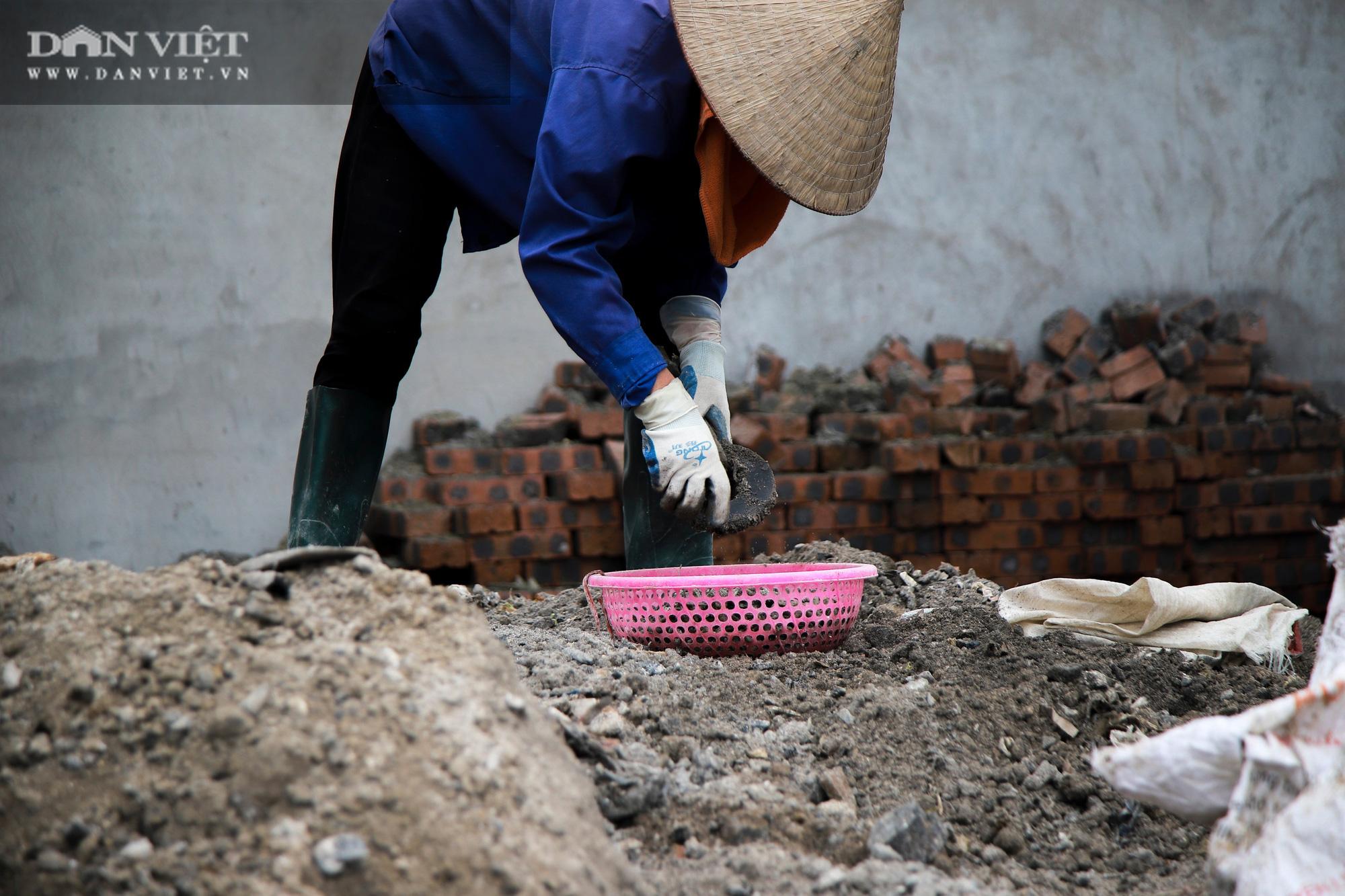 Ám ảnh khủng khiếp ở làng giấy Phú Lâm: Ô nhiễm đến con ruồi cũng không sống nổi, công nhân bán mòn sức - Ảnh 19.