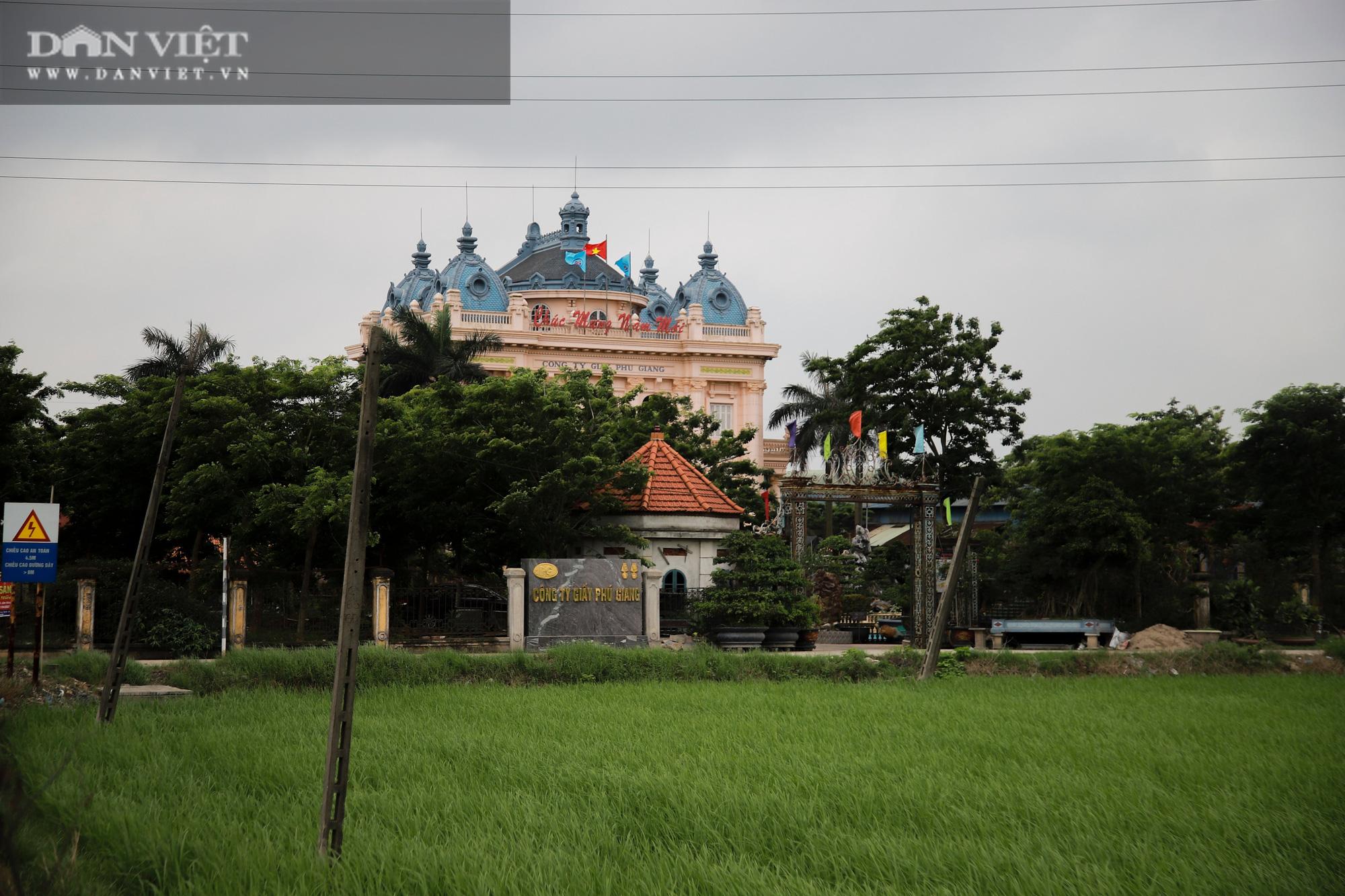 Ám ảnh khủng khiếp ở làng giấy Phú Lâm: Ô nhiễm đến con ruồi cũng không sống nổi, công nhân bán mòn sức - Ảnh 11.