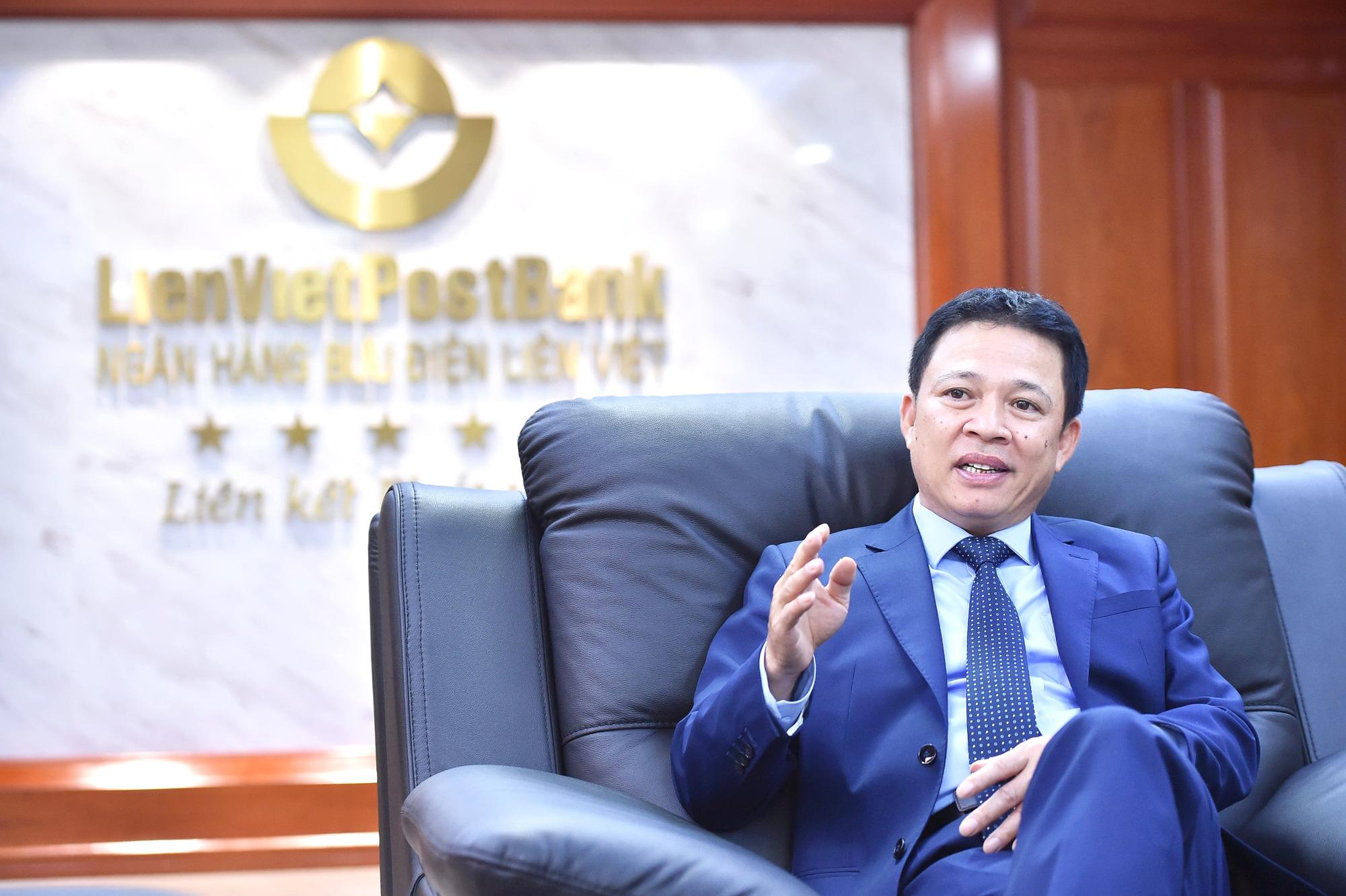 """Chọn lối đi riêng, CEO Phạm Doãn Sơn chia sẻ chiến lượng """"đi 2 chân"""" của LienVietPostBank - Ảnh 1."""