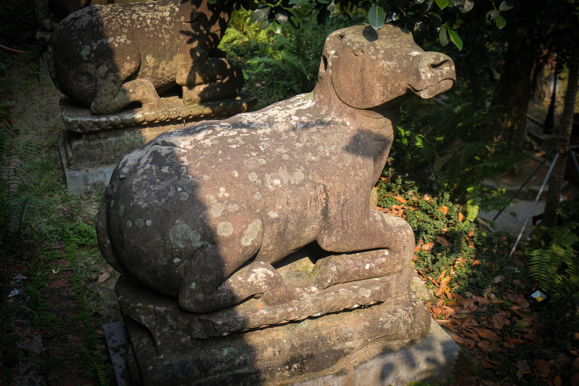 Bất ngờ ý nghĩa thực sự của bộ tượng linh thú nghìn tuổi ở chùa Phật Tích - Ảnh 6.