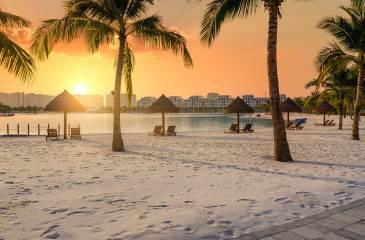 Biển hồ nước mặn Vinhomes Ocean Park - điểm đến hấp dẫn nhất Hà Nội dịp nghỉ lễ 30/4 này - Ảnh 3.