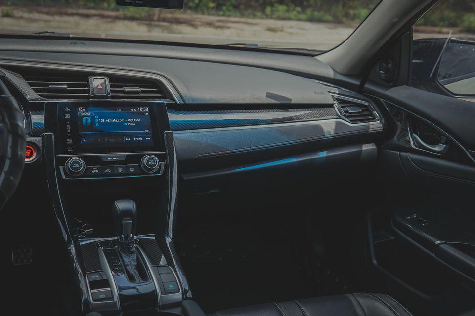 """Honda Civic chạy hơn 3 vạn km, """"độ"""" lạ mắt, rao bán giá hấp dẫn - Ảnh 2."""