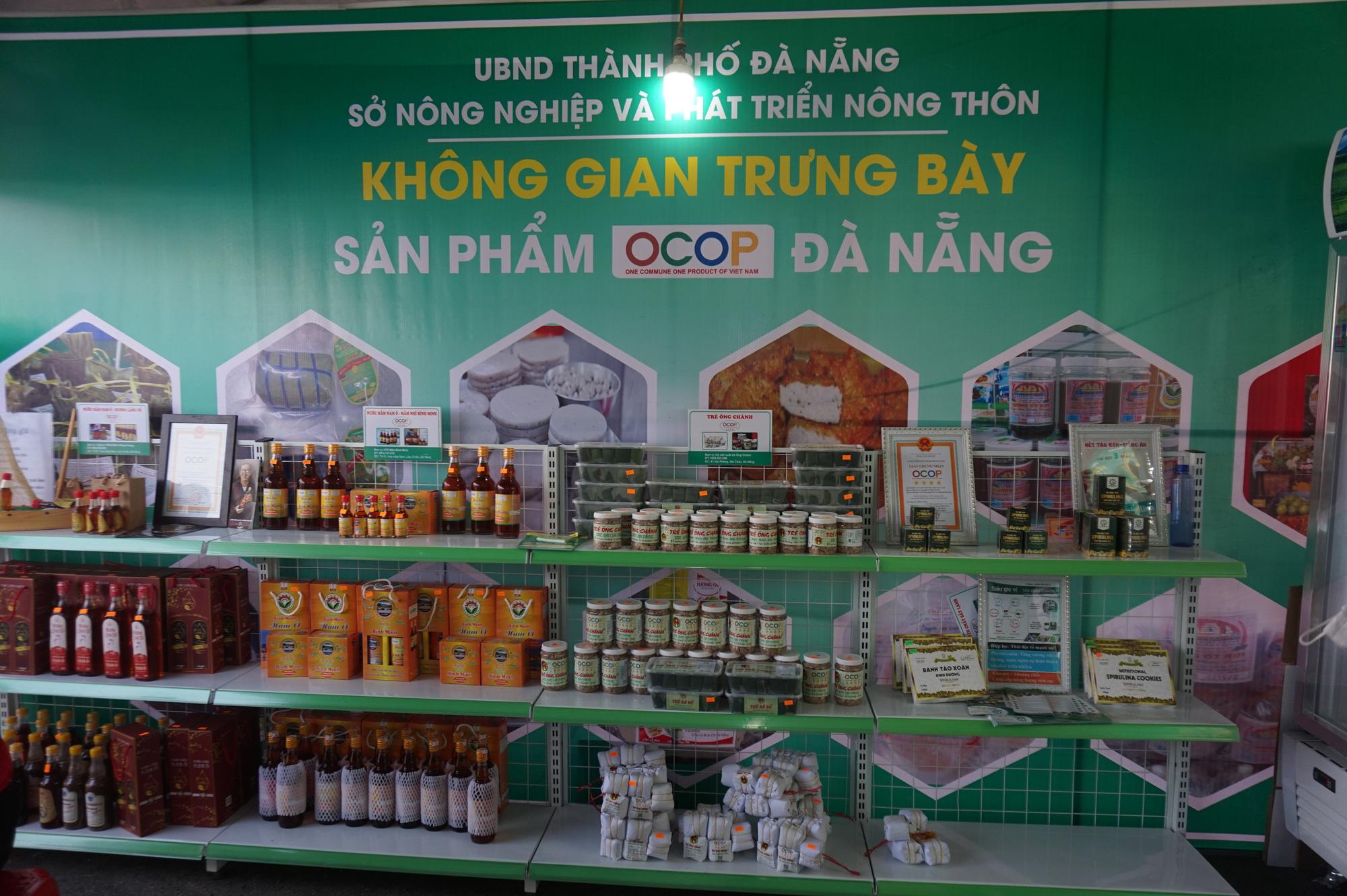 Đà Nẵng: Sản phẩm OCOP, rau sạch hút hàng tại Phiên sợ nông sản - Ảnh 4.