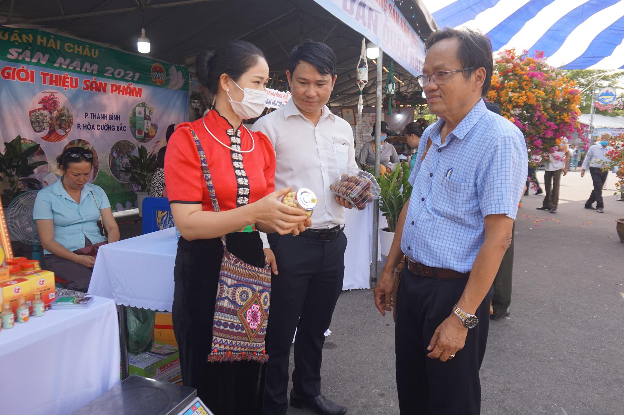 Đà Nẵng: Sản phẩm OCOP, rau sạch hút hàng tại Phiên sợ nông sản - Ảnh 6.