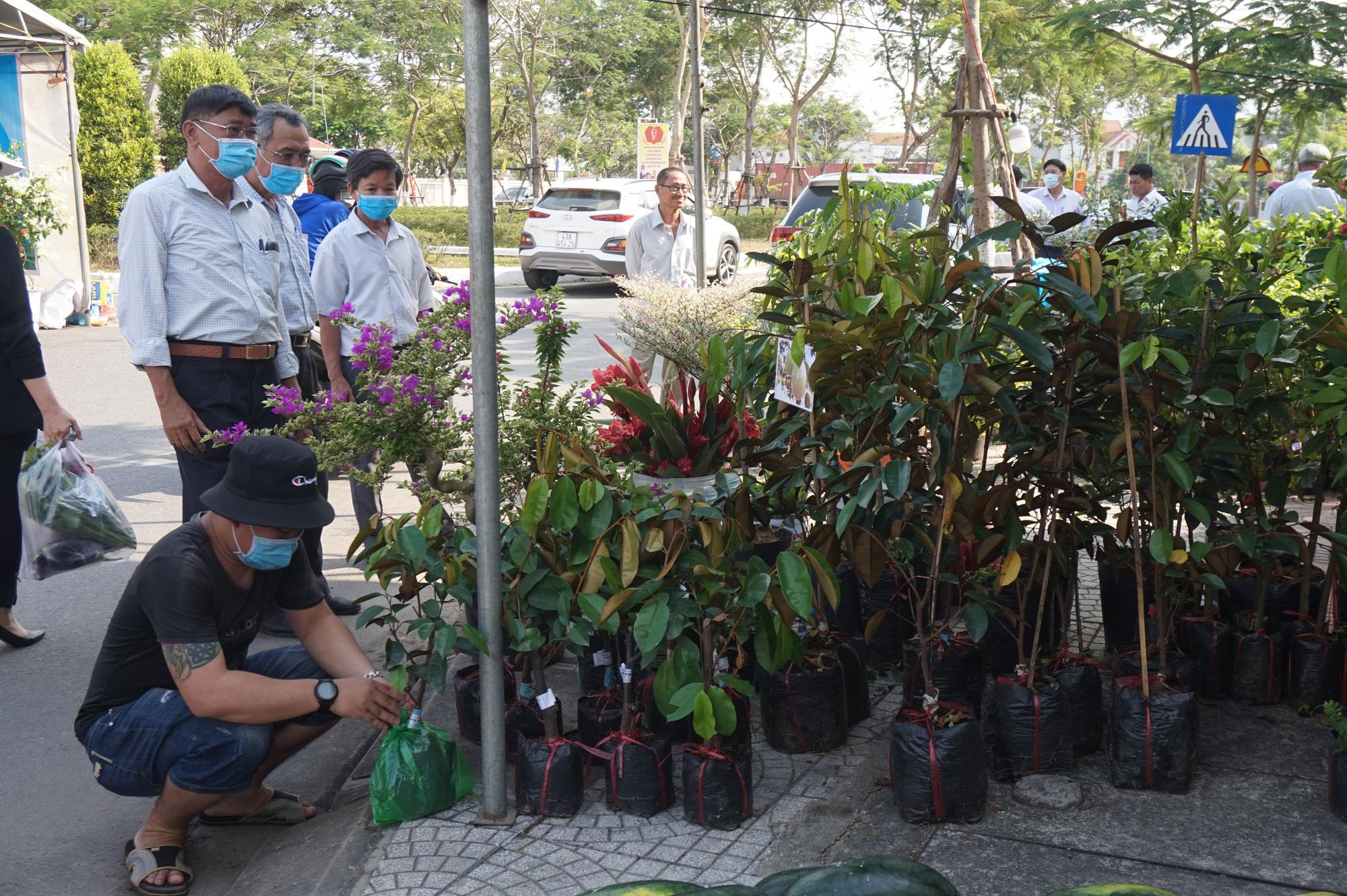 Đà Nẵng: Sản phẩm OCOP, rau sạch hút hàng tại Phiên sợ nông sản - Ảnh 9.