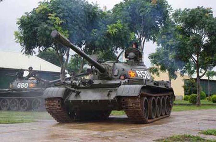 Tăng T-54 huyền thoại quý hiếm của QĐND Việt Nam khiến người Nga kinh ngạc - Ảnh 1.
