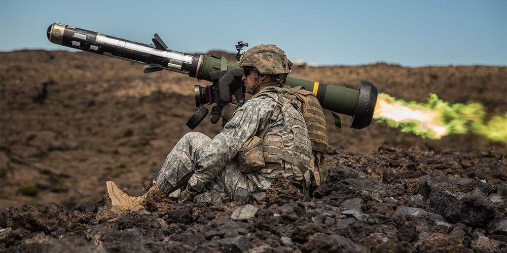 Hé lộ loại vũ khí Mỹ sẽ cung cấp cho Ukraine để chống Nga - Ảnh 1.