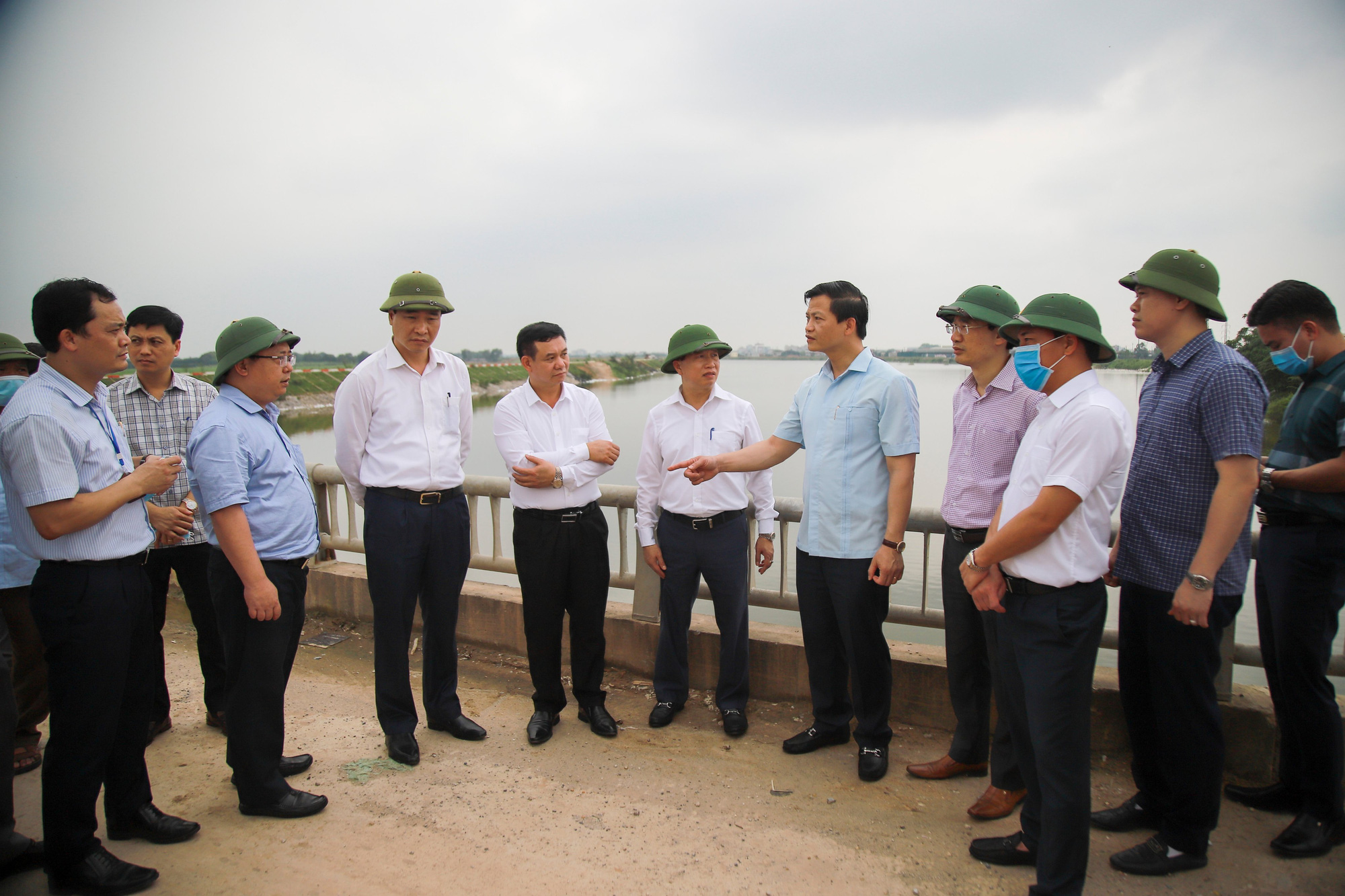 Bắc Ninh: Nhiều doanh nghiệp nhờn luật, gây ô nhiễm kinh hoàng tại các cụm công nghiệp giấy Phú Lâm, Phong Khê - Ảnh 4.