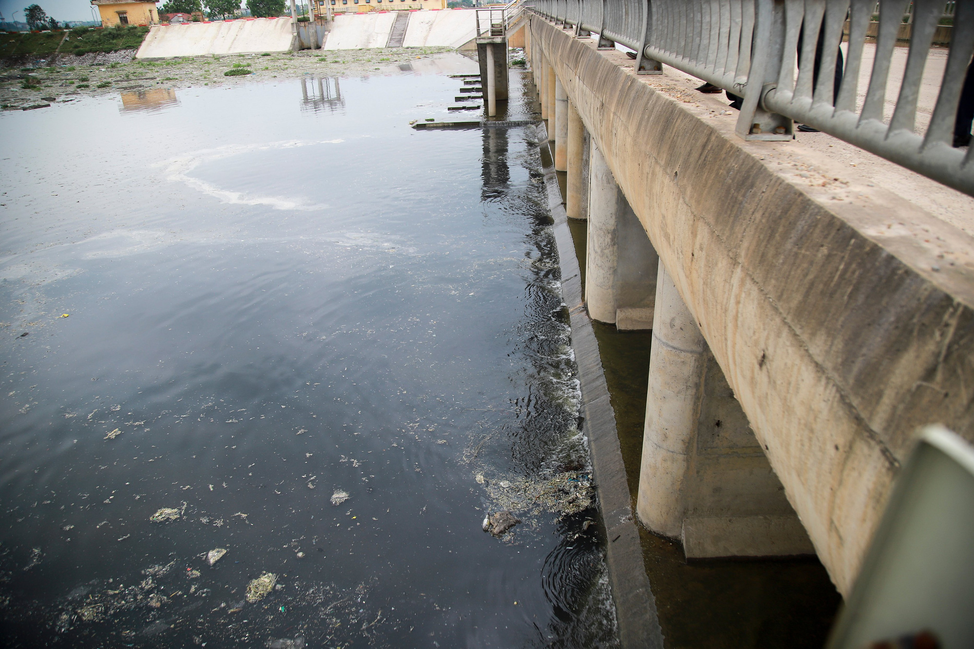 Bắc Ninh: Nhiều doanh nghiệp nhờn luật, gây ô nhiễm kinh hoàng tại các cụm công nghiệp giấy Phú Lâm, Phong Khê - Ảnh 5.