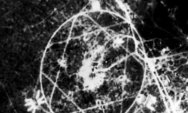 Bức ảnh lạ suýt châm ngòi chiến tranh hạt nhân Mỹ - Xô - Ảnh 1.