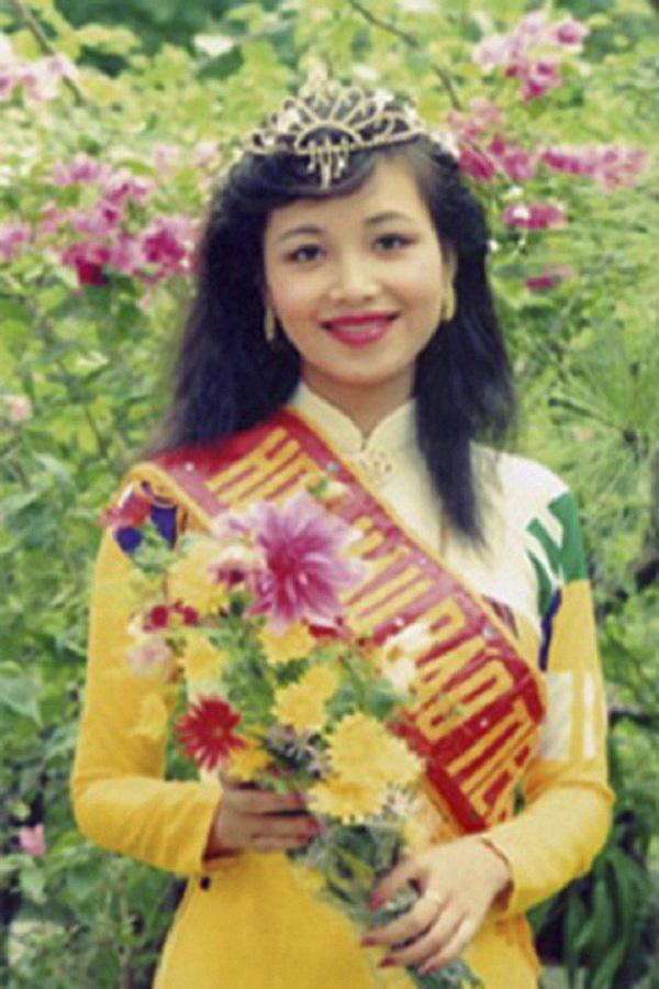 Hoa hậu Diệu Hoa và 2 người đẹp Việt lấy chồng Ấn Độ giờ ra sao? - Ảnh 2.