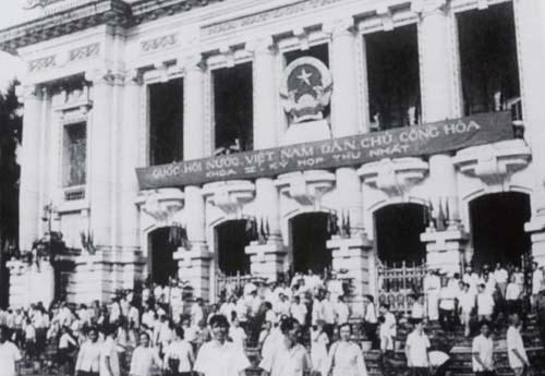 Kỳ bầu cử Quốc hội đặc biệt trong thời gian các cánh quân đang thần tốc ra đòn quyết định - Ảnh 2.