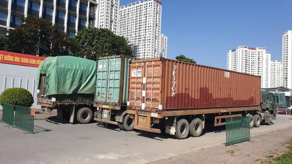 Cán bộ Hải quan nhận hàng tỉ đồng tiếp tay đường dây buôn lậu - Ảnh 3.