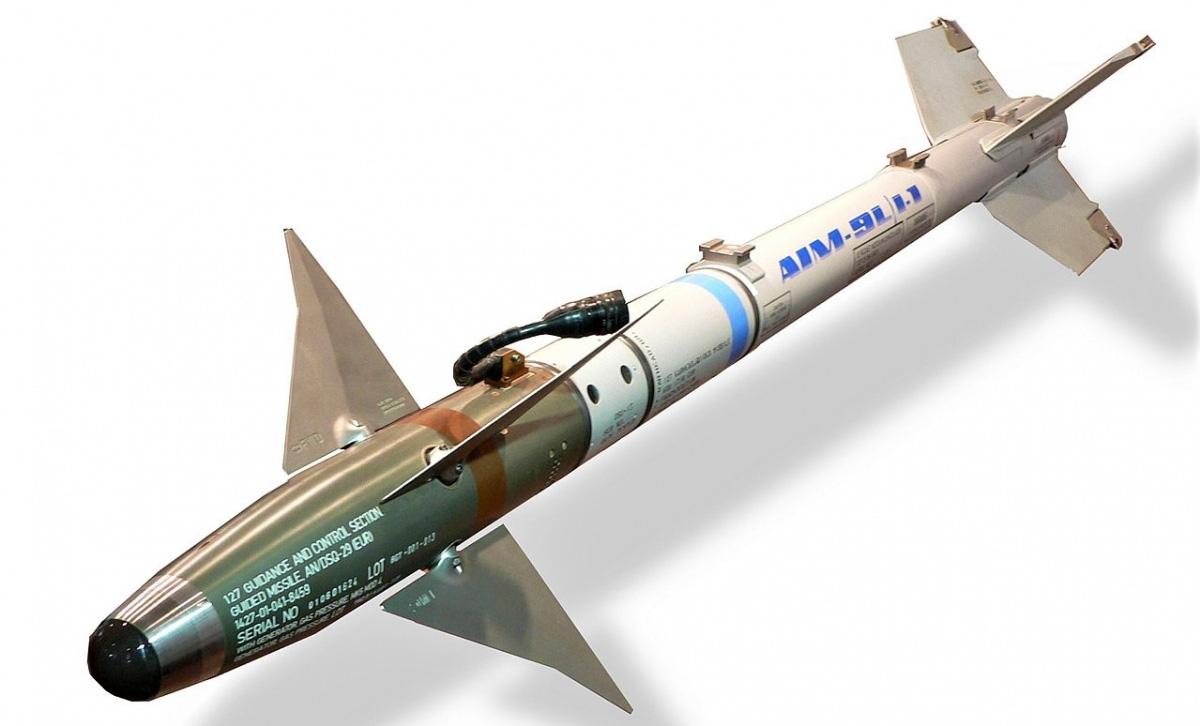 Sự thật khó tin về Sidewinder, tên lửa tầm nhiệt đầu tiên của thế giới - Ảnh 2.
