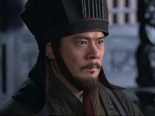 Lần lượt đoạt mạng 6 mưu sĩ, cái chết của người thứ 6 khiến Tào Tháo tổn thất nghiêm trọng - Ảnh 3.
