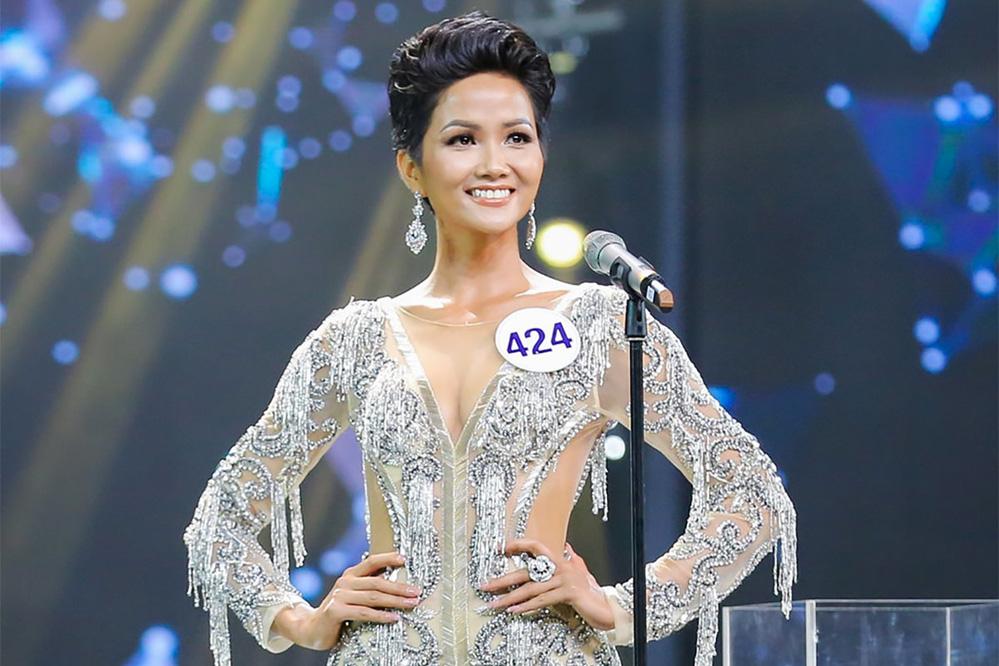 """Hoa hậu H'Hen Niê: """"Thật sự là tôi không hề sửa cằm gì hết"""" - Ảnh 5."""