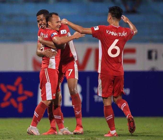 """HLV Trương Việt Hoàng """"khoét"""" vào ngôi sao World Cup của Sài Gòn FC - Ảnh 1."""