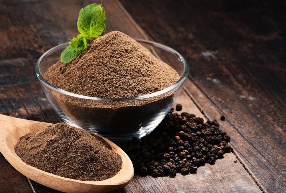 Giá nông sản hôm nay 30/4: Cà phê tiến sát mốc 34 triệu đồng/tấn, tiêu đi ngang - Ảnh 1.