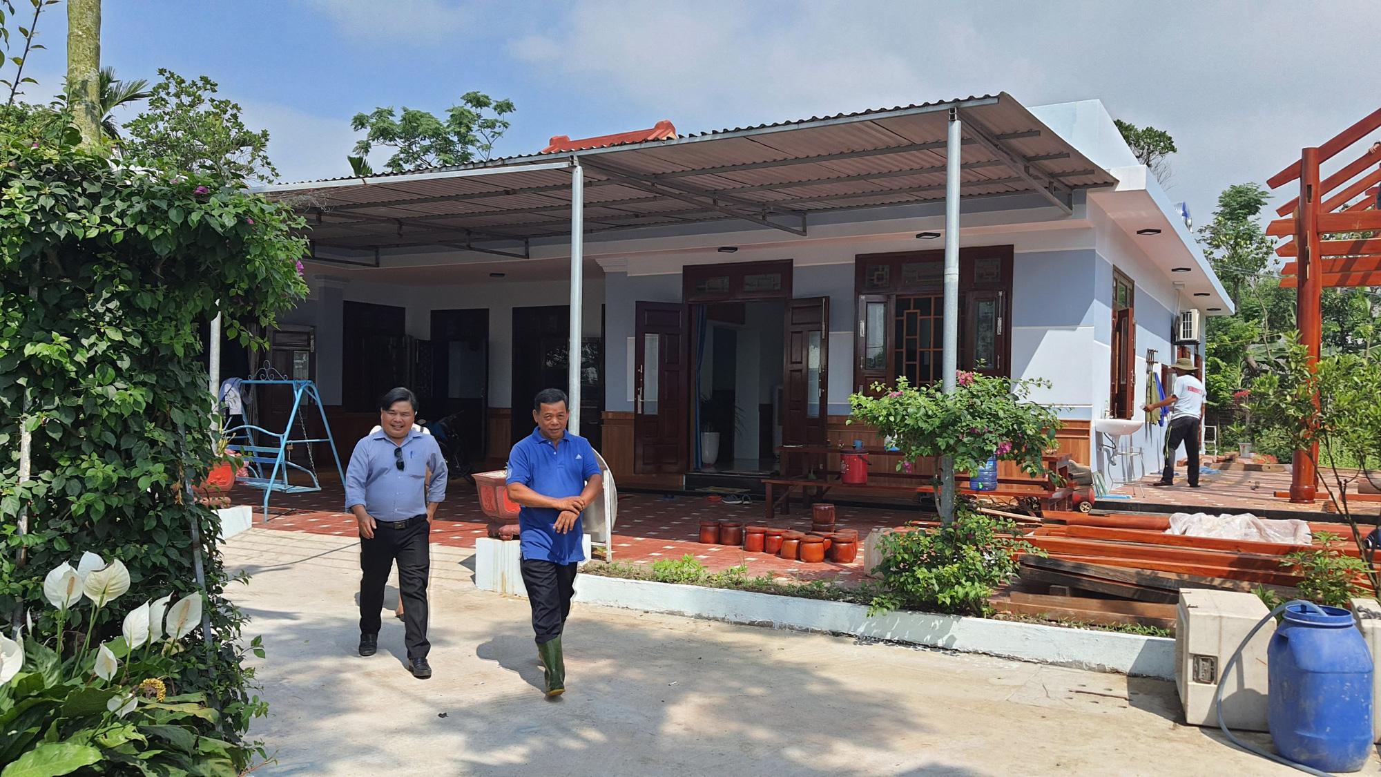 Được Agribank tiếp vốn, một nông dân ở Đà Nẵng vững tin tái đàn lợn lãi hơn 500 triệu đồng/năm - Ảnh 4.