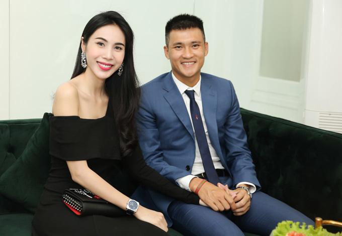Vợ đẹp của Công Vinh sánh ngang với hàng loạt nữ tỷ phú Việt Nam - Ảnh 1.