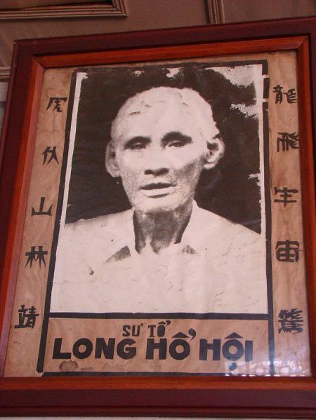 """Võ sư Sài Gòn bị Quan Công """"nhập"""", 4 cú đá hạ 4 tên cướp - Ảnh 2."""
